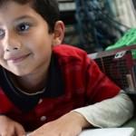 Ayan Qureshi tem 6 anos e já é técnico de informática