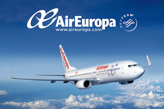 air-europa-logo-with-website-boeing-737-800